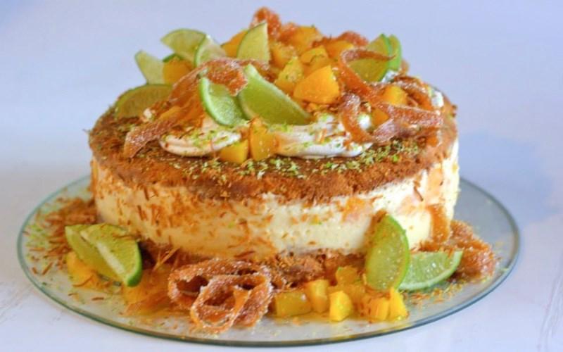 del-caribe-naked-cake