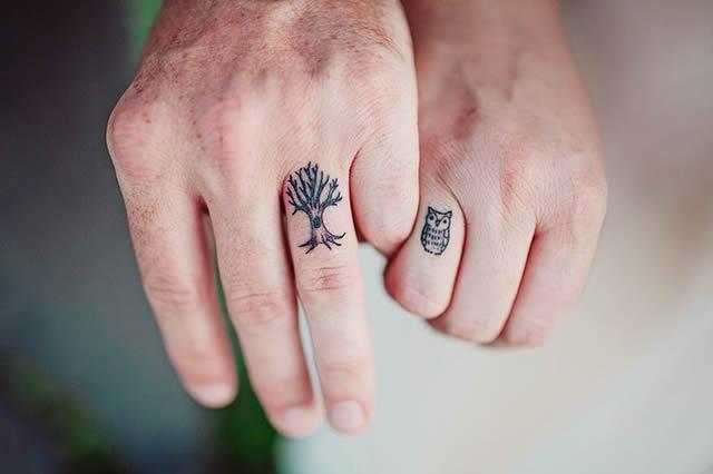 la tendencia de usar alianzas como tatuajes está ganando cada vez más adeptos. Te presentamos algunas opciones para que te inspires, si es que tu pareja y vos se animan a dar este doble gran paso.