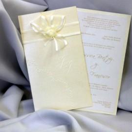 El beige, un clásico siempre vigente en las invitaciones de boda