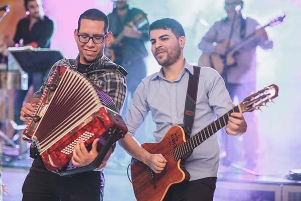 Los-Jaraneros-grupo-musical-para-bodas-y-eventos-elgrandia-12