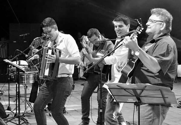 Los-Jaraneros-grupo-musical-para-bodas-y-eventos-elgrandia-3